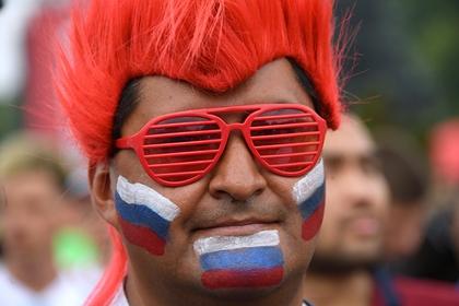 Фанат в футболке сборной России устроил драку перед матчем Australian Open