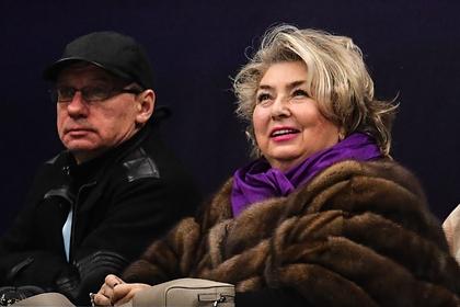 Тарасова призвала снять шапочку и поклониться фигуристам