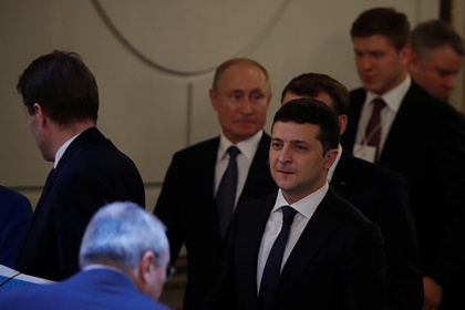 На Украине объяснили новогодний звонок Зеленского Путину