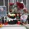 Цветы у посольства Ирана в Москве после убийства генерала Касема Сулеймани