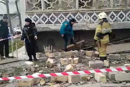 Ребенок устроил взрыв в доме в Махачкале и попал на видео