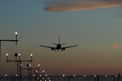Названы причины экстренной посадки самолета в Иране