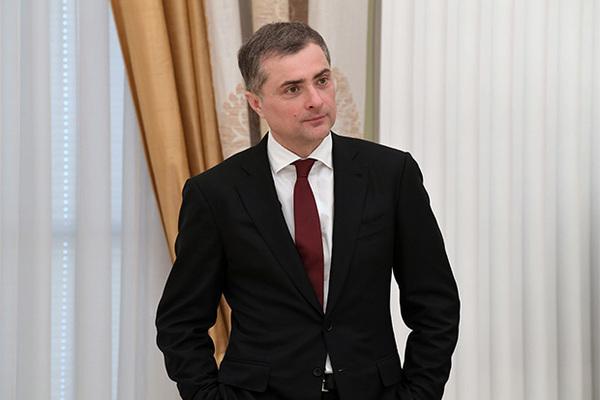 Кремль сообщил об отсутствии приказа об увольнении Суркова