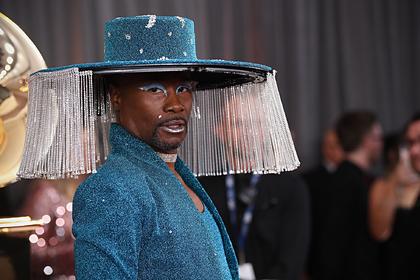Полюбившего платья актера подняли на смех за внешний вид на премии «Грэмми»