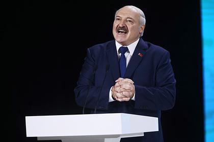 Лукашенко захотел приехать на парад Победы в Москве