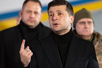 Зеленский заявил о снижении градуса эмоций в отношениях с Польшей
