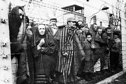 В Германии освобождение Освенцима приписали армии США