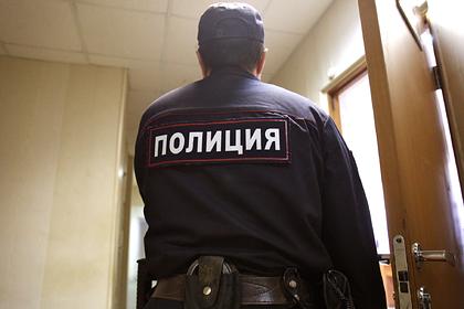 Россиянка подбросила ребенка с ДЦП в отделение полиции и убежала