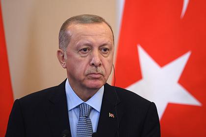Эрдоган назвал источник финансирования российских наемников в Ливии