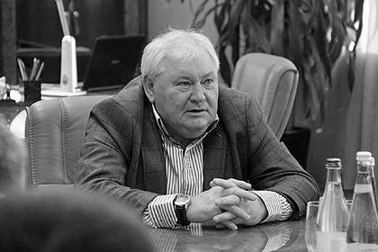 Неизвестные зарубили академика РАН и его жену