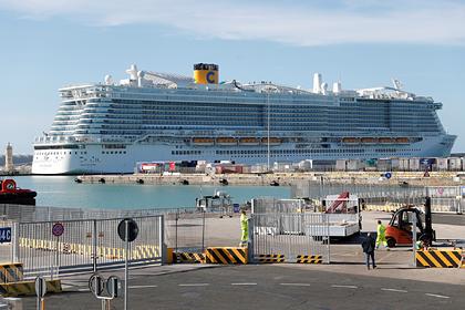 Круїзний лайнер заблокували в Італії через підозру на коронавірус у 2 туристів. Загалом на борту 6 тисяч осіб - Цензор.НЕТ 4444