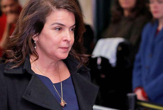 Аннабелла Шиорра
