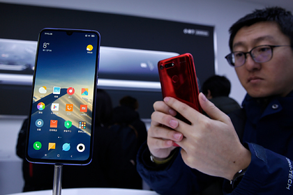 Huawei и Xiaomi объединятся для борьбы с Google Play