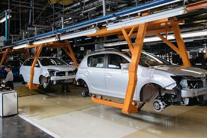 «АвтоВАЗ» приостановит производство