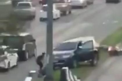 Появилось видео с места стрельбы солдата по людям в Таиланде