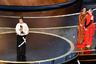 Победа в номинации «Лучший дизайн костюмов» стала единственной для картины «Маленькие женщины» Греты Гервиг. Эта экранизация классического романа воспитания Луизы Мэй Уолкотт претендовала на победу в шести категориях  — а отсутствие Гервиг среди номинантов на лучшую режиссерскую работу в очередной раз заставило мир говорить о недостаточном внимании Американской киноакадемии к женщинам-режиссерам.