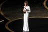 Зеллвегер заслужила свой второй в карьере «Оскар» (первый раз она побеждала за роль в фильме «Холодная гора»), сыграв легендарную актрису и певицу Джуди Гарленд в байопике «Джуди». По иронии судьбы, сама Гарленд, скончавшаяся в 1969-м, «Оскар» никогда не выигрывала — хотя дважды была на него номинирована.