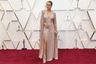 Бри Ларсон, получившая «Оскар» в 2016 году за роль в драматической киноленте «Комната», оригинальностью не отличилась. Как и в 2019 году, актриса предпочла марку Cline (на сей раз выбрав искрящееся платье c разрезом почти до талии) и дополнила его драгоценностями Bvlgari.