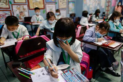 Китайские компании попросили миллиарды долларов из-за вируса