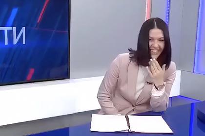 Руководство российского телеканала прокомментировало смех ведущей из-за льгот