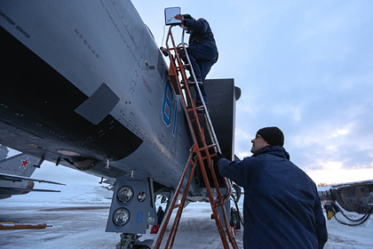 Стало известно об отваливающихся болтах на российских истребителях