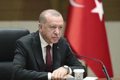Эрдоган обвинил Россию в гибели мирных жителей в Идлибе