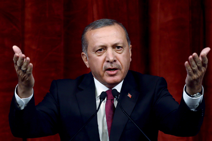 Эрдоган пригрозил нарушить договоренности с Путиным и начать бомбить Сирию