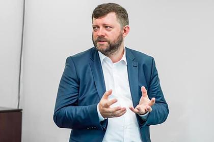 Украина отказалась закреплять особый статус Донбасса в Конституции