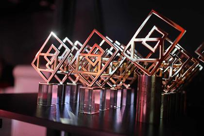 Мобильные приложения Альфа-Банка получили шесть наград престижной премии