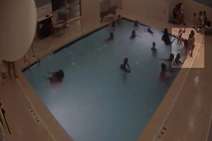 Девятилетняя девочка спасла пролежавшего три минуты на дне бассейна ребенка