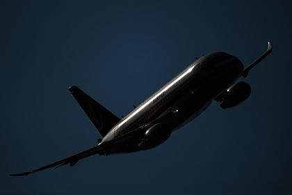 Sukhoi Superjet провалил испытания по эвакуации пассажиров