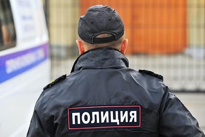 Пьяный россиянин двумя ударами нанес полицейскому пять травм