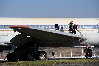 Выжившие в авиакатастрофах пассажиры дали советы по спасению