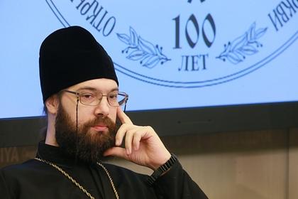 В РПЦ признали оскорбительными слова Смирнова о гражданских женах