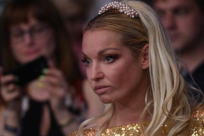 Пенсионерка Волочкова потребовала денег от Большого театра