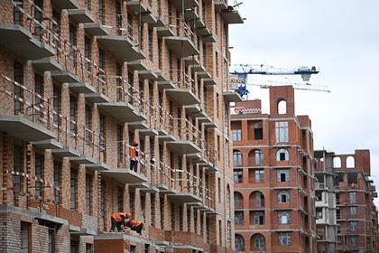 Рынок жилья в России обвалился