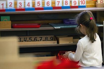 Воспитательница российского детсада таскала детей за волосы