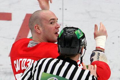 Канадский хоккеист рассказал о начавшемся алкоголизме из-за жизни в России