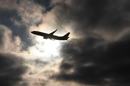 Sukhoi Superjet с неисправностью приземлился во Внуково