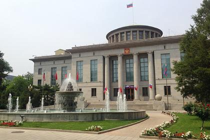 Россия продолжит выдавать визы китайцам