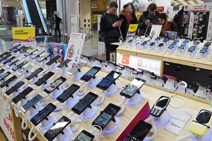 В России начали дорожать смартфоны