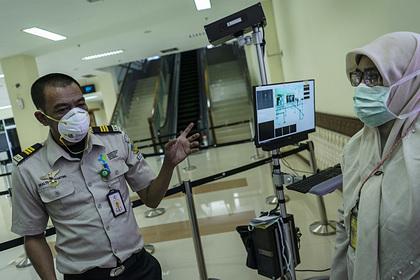 В Индонезии назвали божью помощь защитой от коронавируса