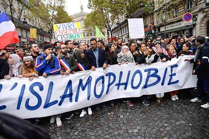 Французов упрекнули в дискриминации мусульманок