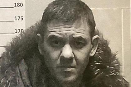Россиянин убил мать, спрятал тело в бочке и сбежал по дороге в суд
