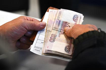 Кремль прокомментировал вопрос Путину о жизни на 10 800 рублей