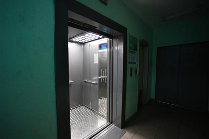 Россиянина заставили платить за воображаемый лифт