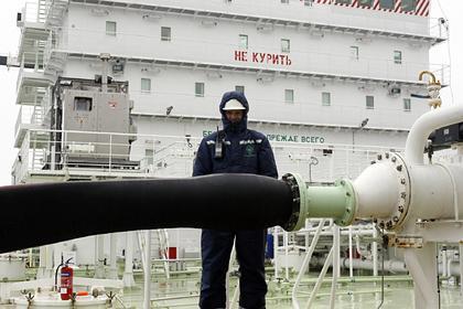 Белоруссия закупила тысячи тонн российской нефти