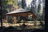 """Центр находится рядом с альпийской жемчужиной — <a href=""""https://avatars.mds.yandex.net/get-pdb/985144/9378a0ea-db05-4406-9305-2623f58911bc/s1200"""" target=""""_blank"""">замком Нойшванштайн</a> ЛюдвигаII, и предназначен для медитации и занятий йогой. Деревянная крыша помогает добиться «рассеянных лучей света», с чем часто можно столкнуться при походе в лес, а прозрачные стеклянные стены — почувствовать себя единым целым с природой."""