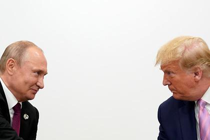 Россию вновь обвинили в участии в переизбрании Трампа