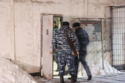 Российский заключенный сбежал из колонии после мольбы жены о помощи